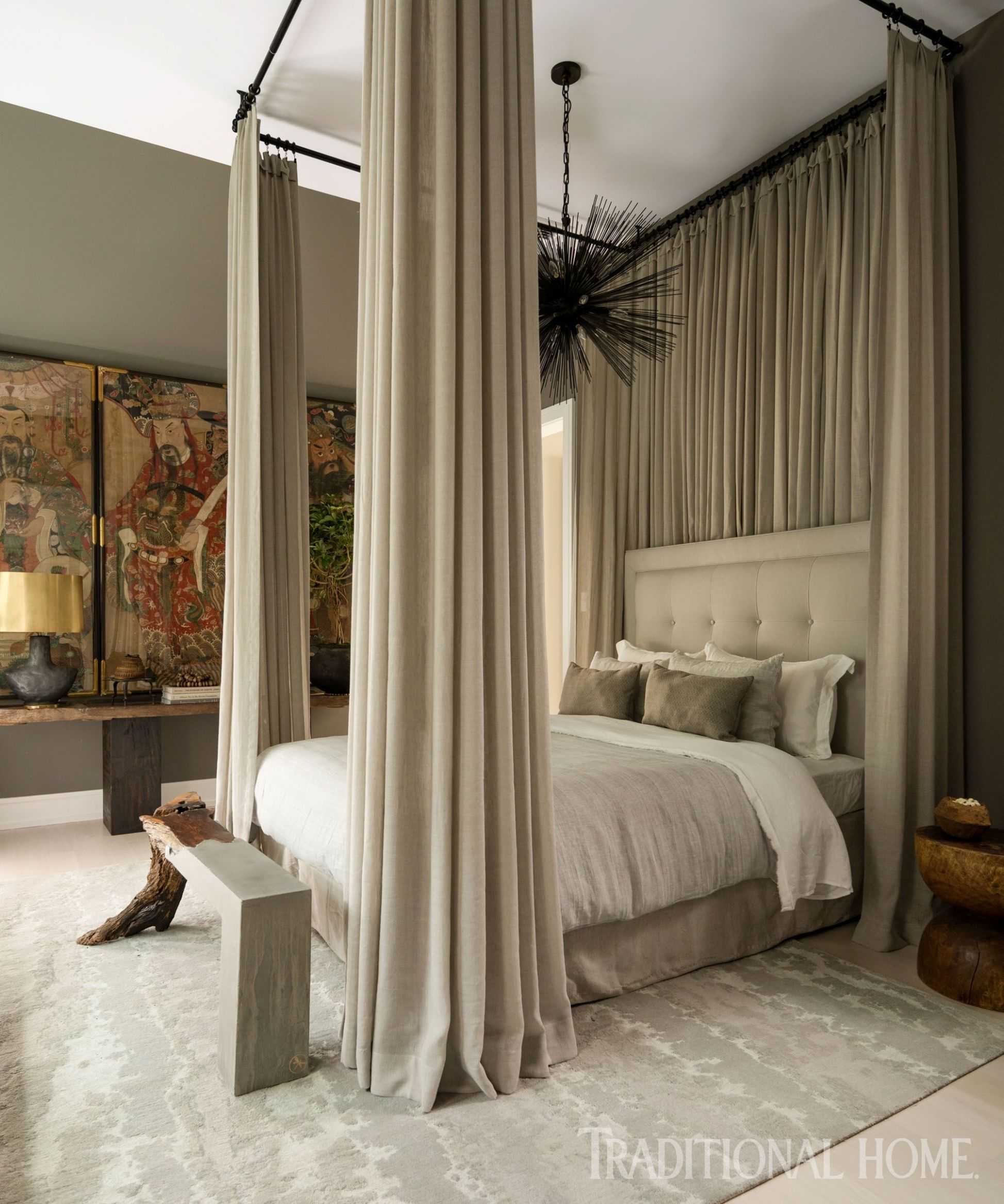 10+ Popular Traditional Bedroom Decoration Ideas For Your Sleep ..