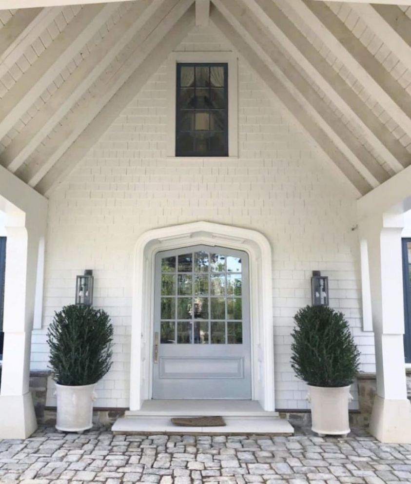 10 welcoming exterior entryway ideas for your home - front porch entryway decor
