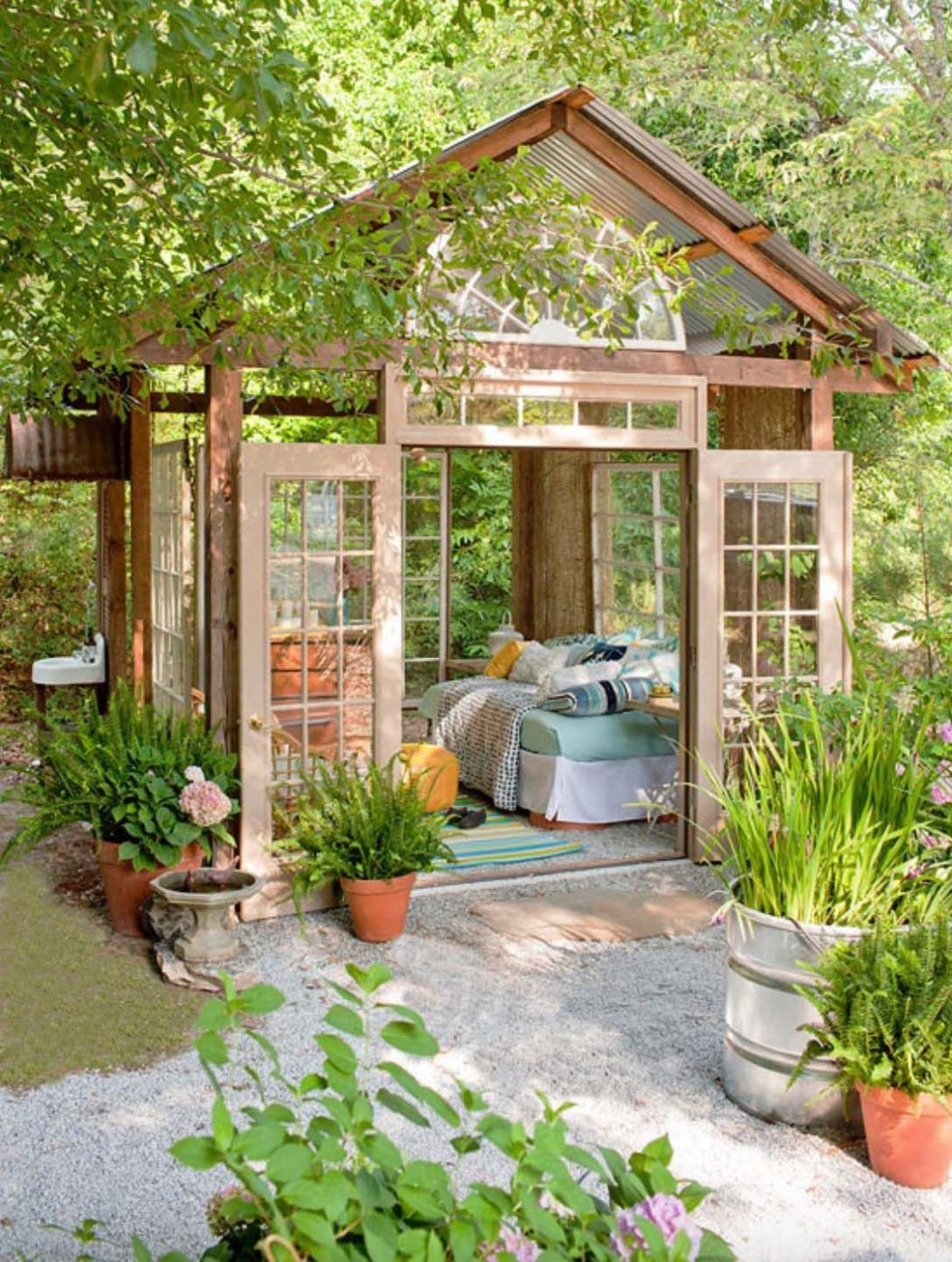 10+ Wonderfully Inspiring She Shed Ideas To Adorn Your Backyard ..