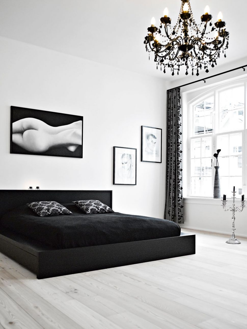 11 Beautiful Black & White Bedroom Designs - bedroom ideas black and white