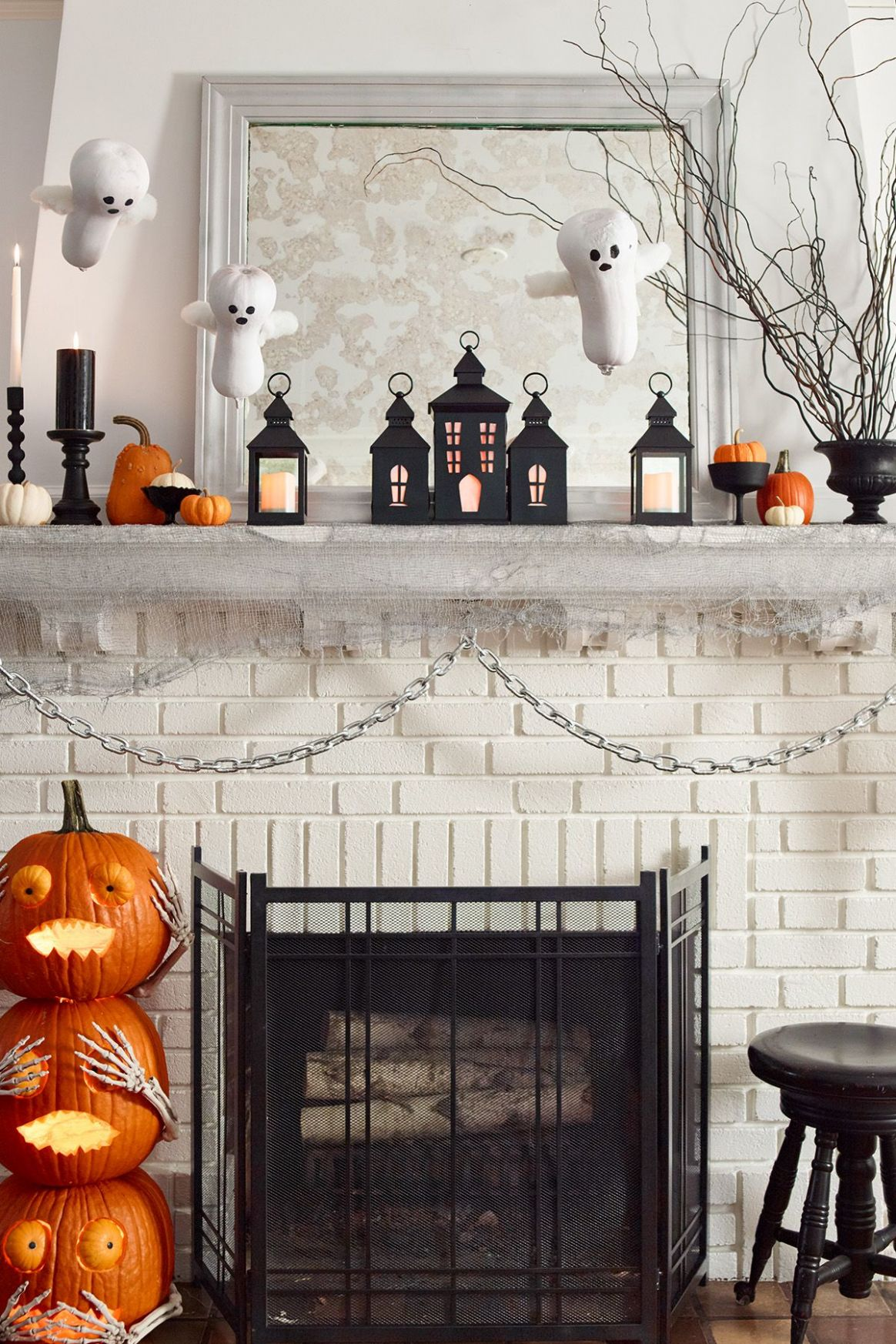 11 Easy Halloween Party Ideas — DIY Halloween Party Ideas - halloween ideas house party
