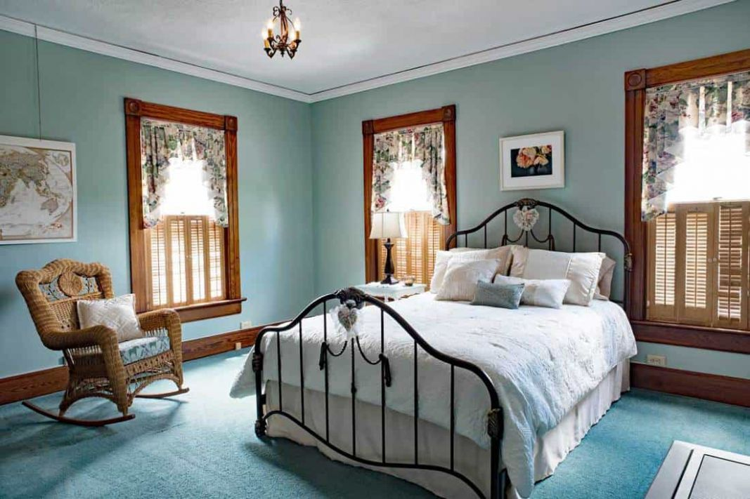 11 Teal Bedroom Ideas That Will Inspire You - Home Decor Bliss
