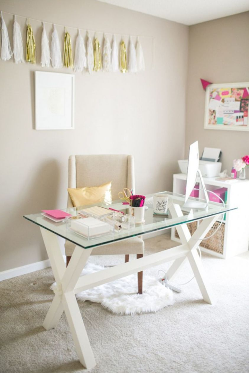 11 Vibrant Ways To Decorate Your Desk | Home office decor, Office ..