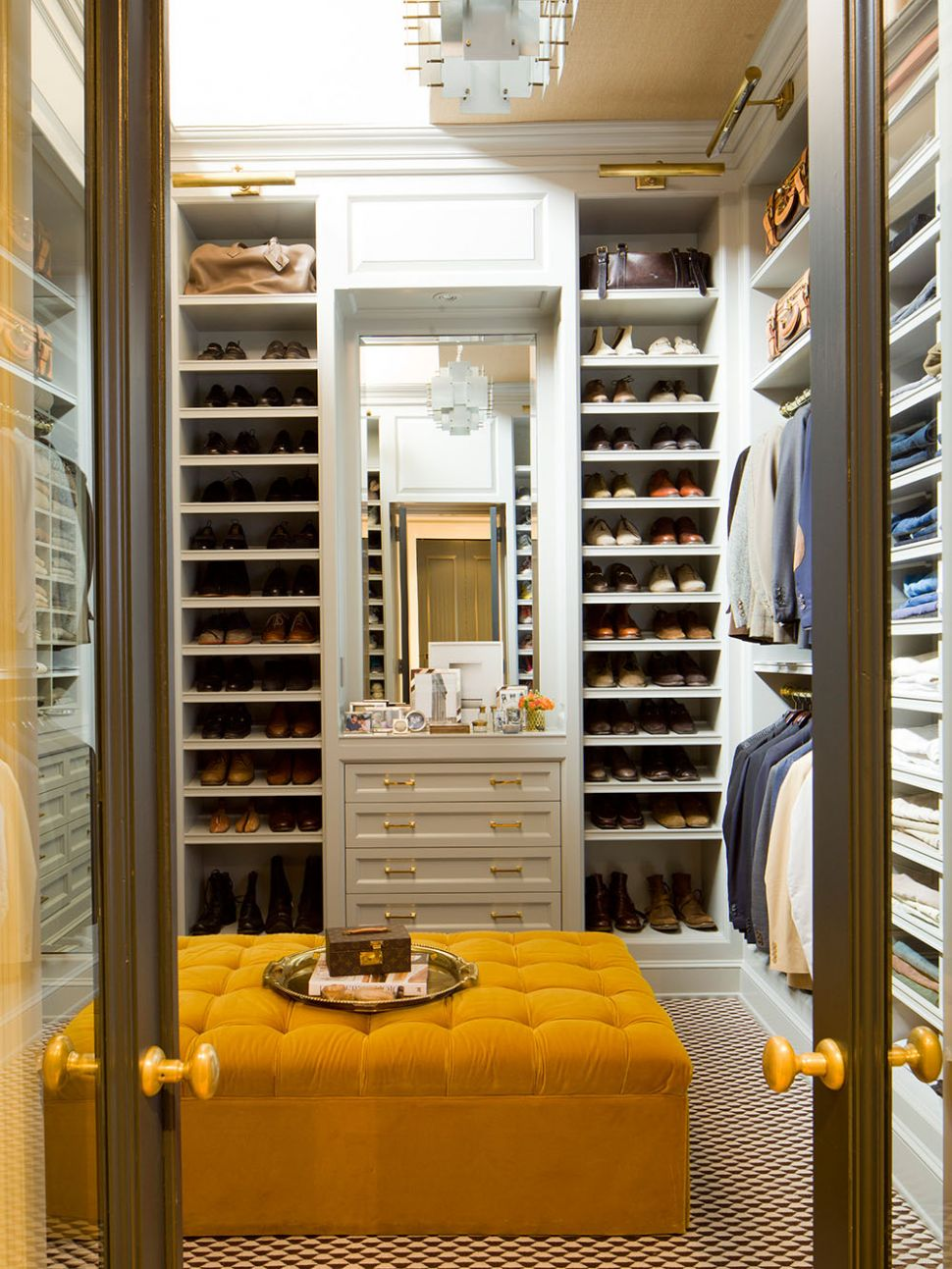 11 Walk-in Closet Ideas for Men Who Love Their Image | Freshome