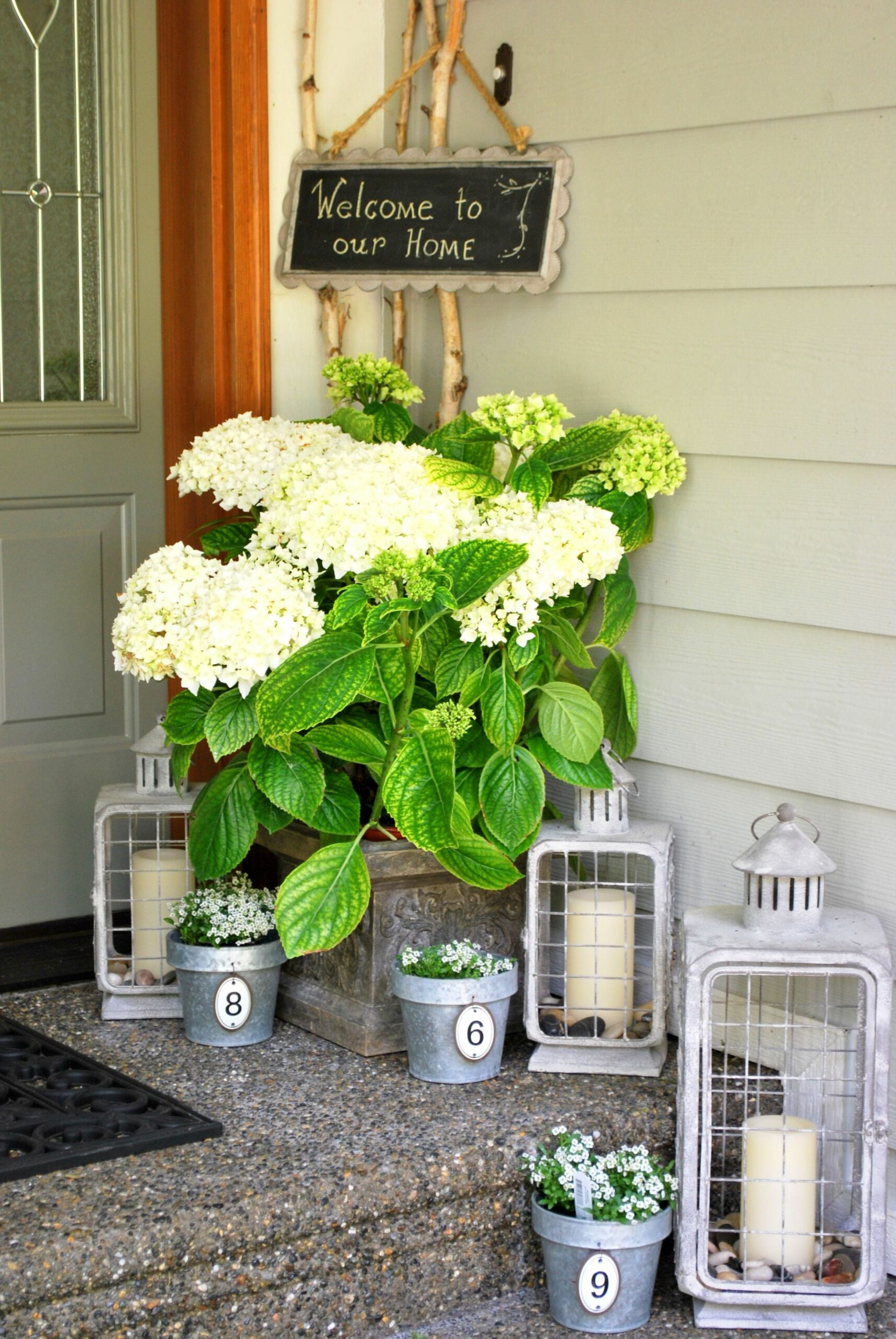 12 DIY Ways to Decorate Your Porch This Summer | Summer front ..