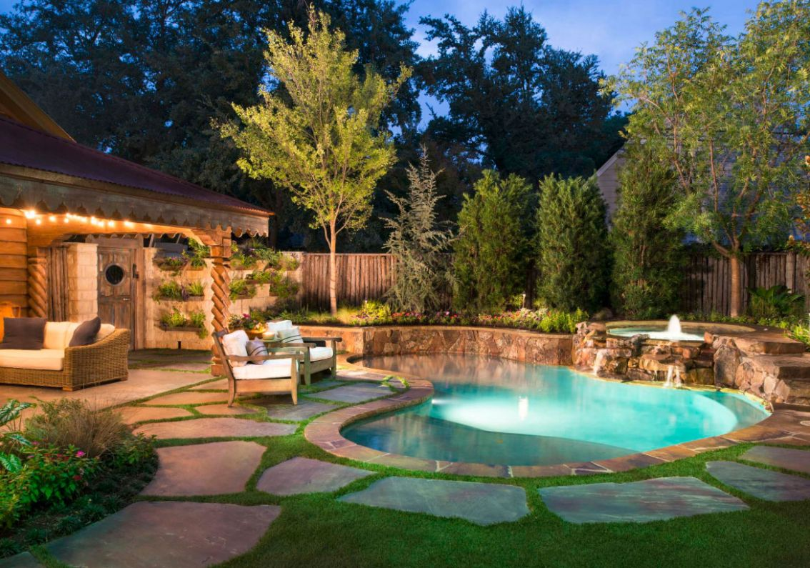 12 Invigorating Backyard Pool Ideas & Pool Landscapes Designs ...