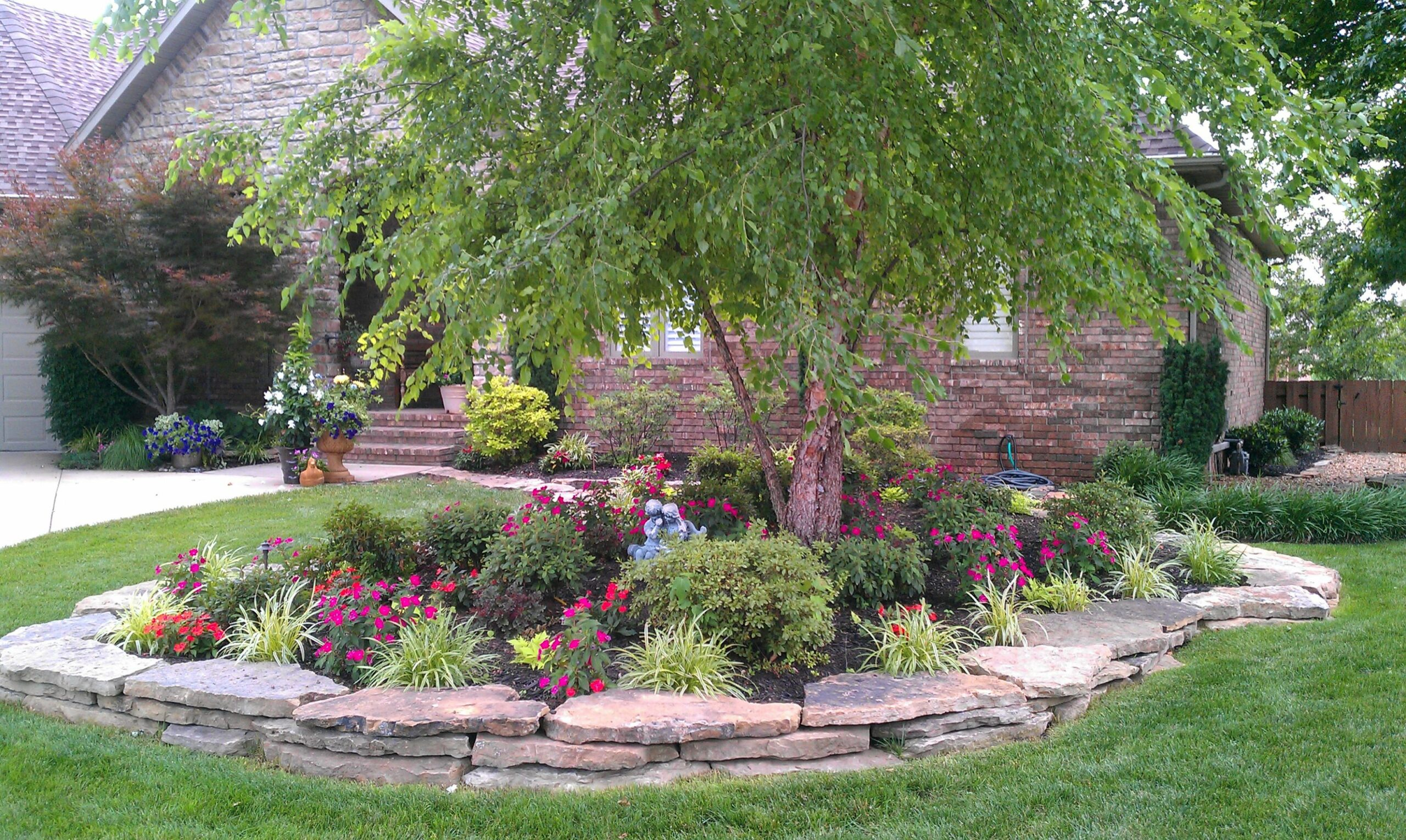 12 Landscaping: Front Landscaping Ideas Magazine