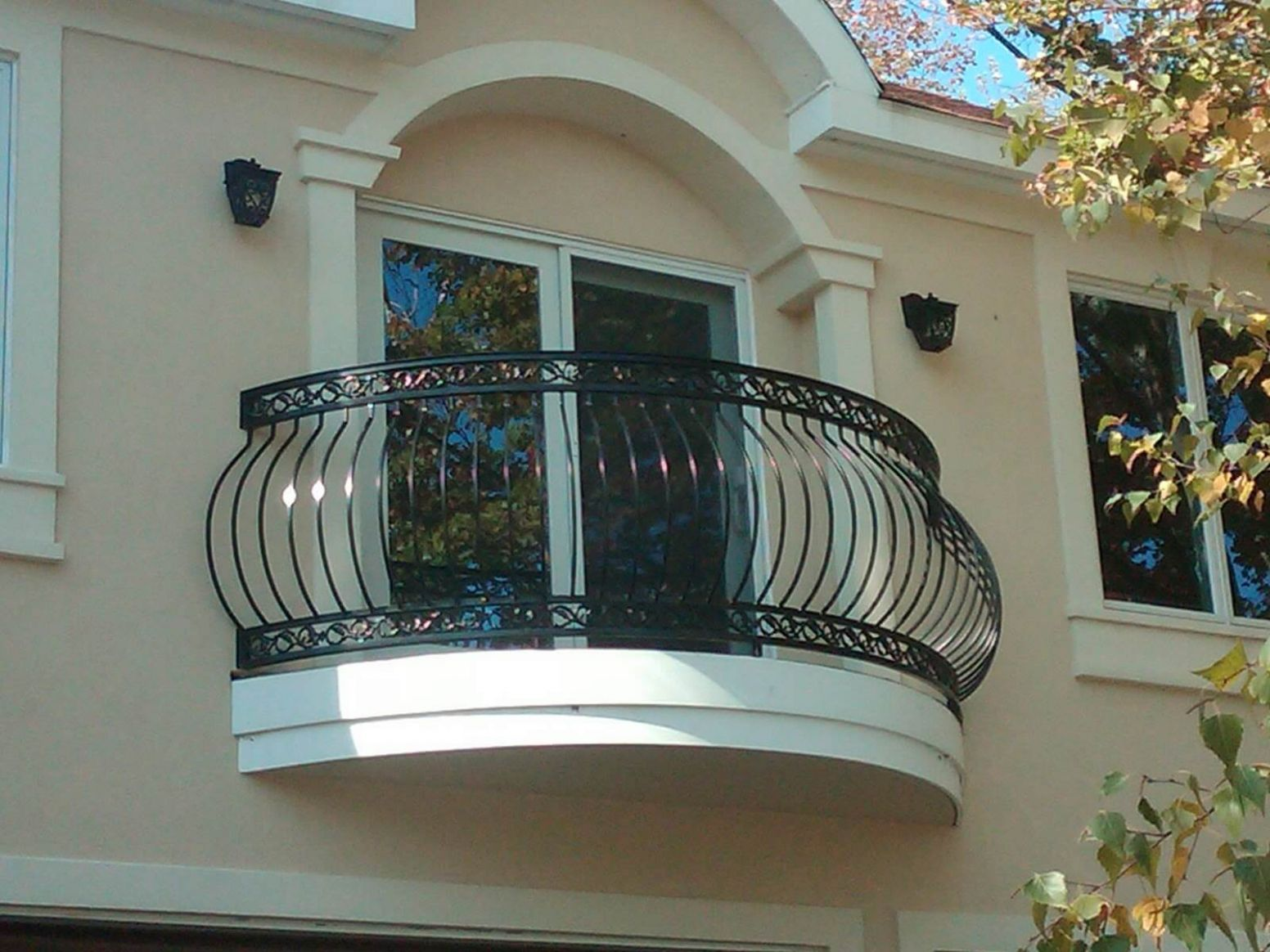 12+ Modern Balcony Railing Design Ideas With Photos - The ...