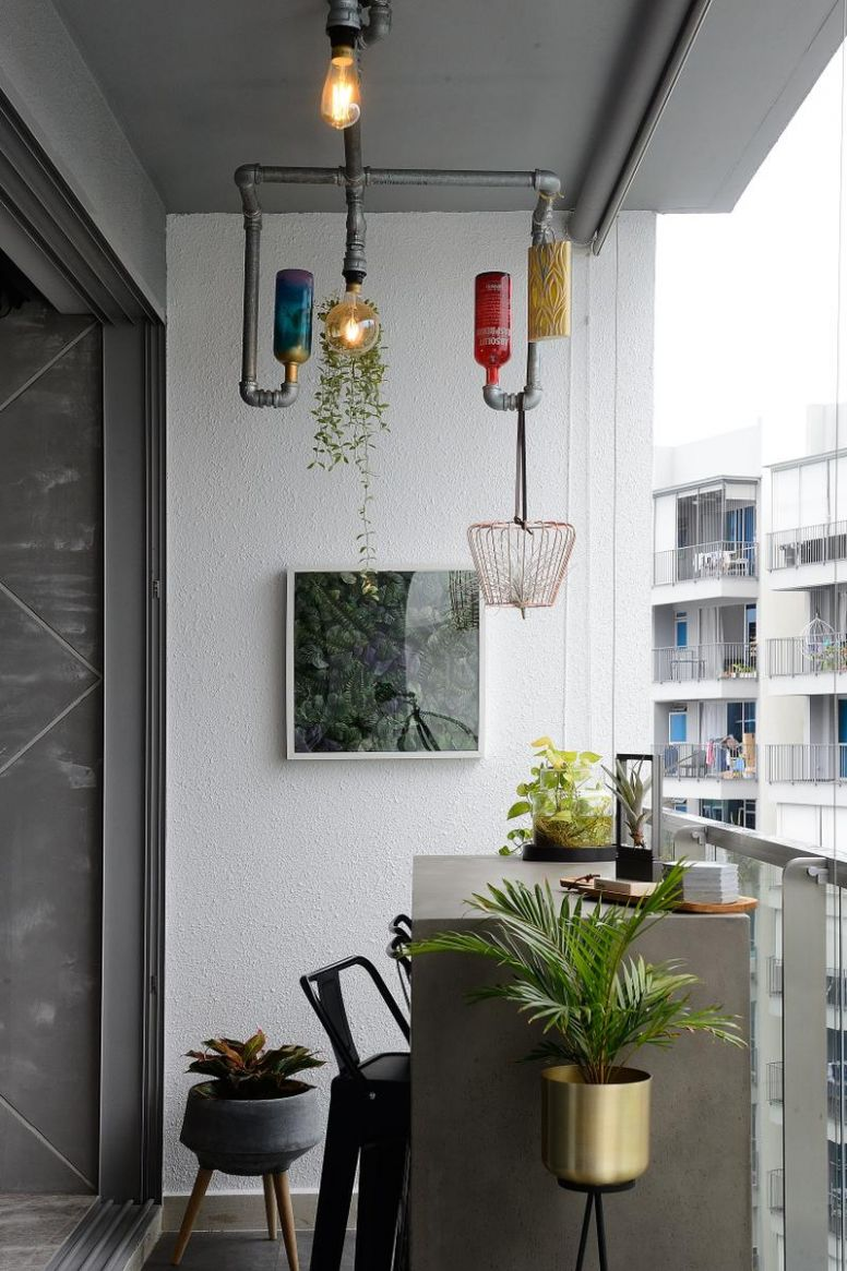 12 Singapore Homes That Show How Useful a Balcony Can Be | Qanvast - balcony ideas singapore hdb