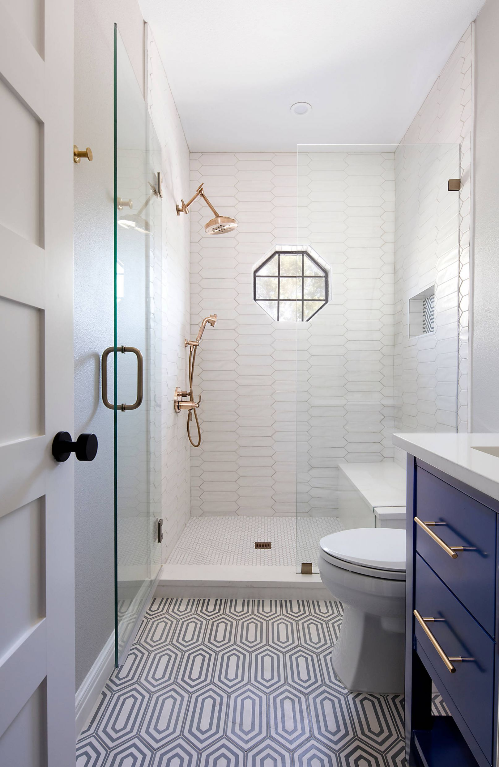 8 Beautiful Small Bathroom Pictures & Ideas | Houzz