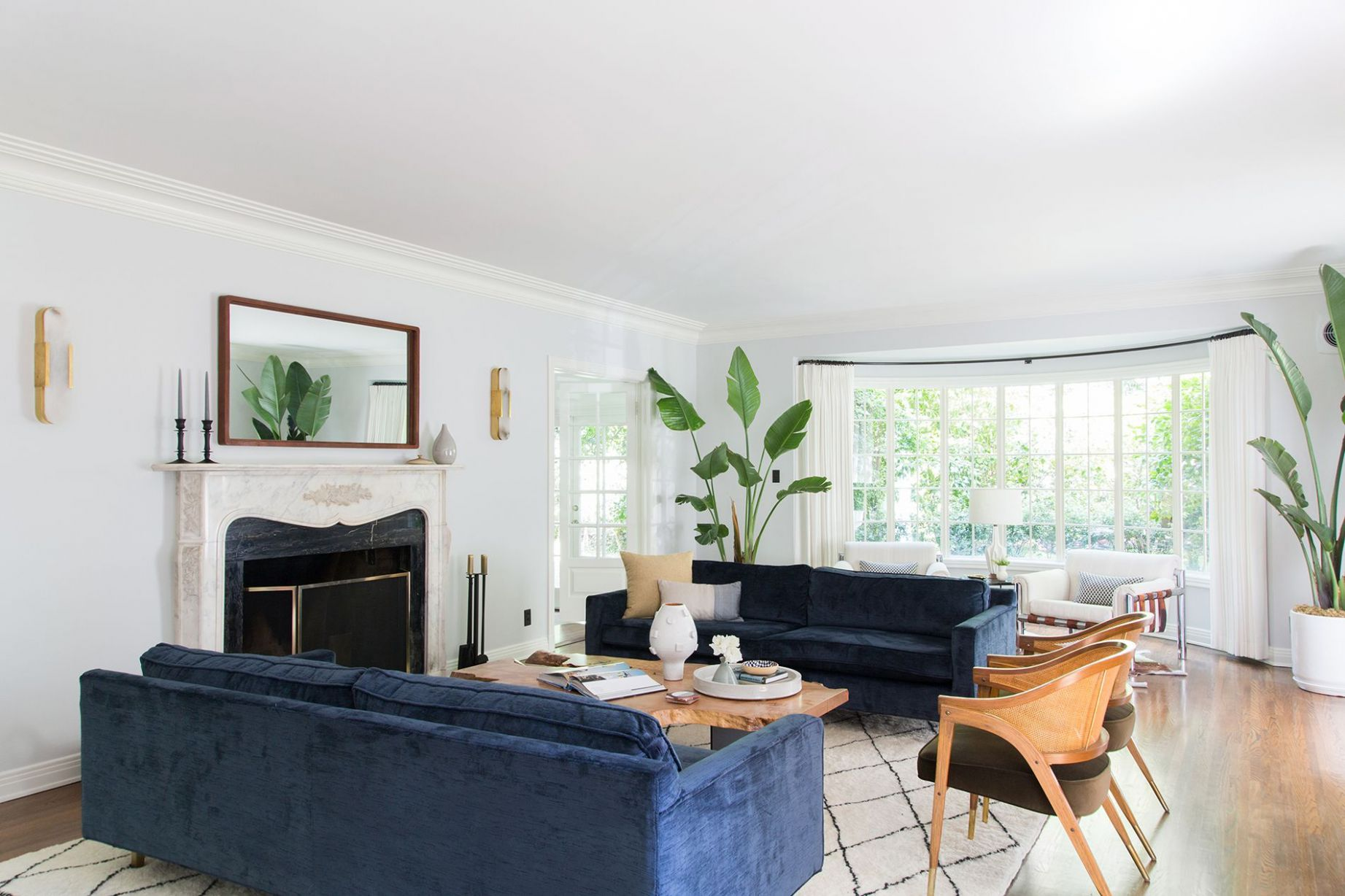 8 Living Room Trends - What Design Trends Are in For 8 - living room ideas for 2020