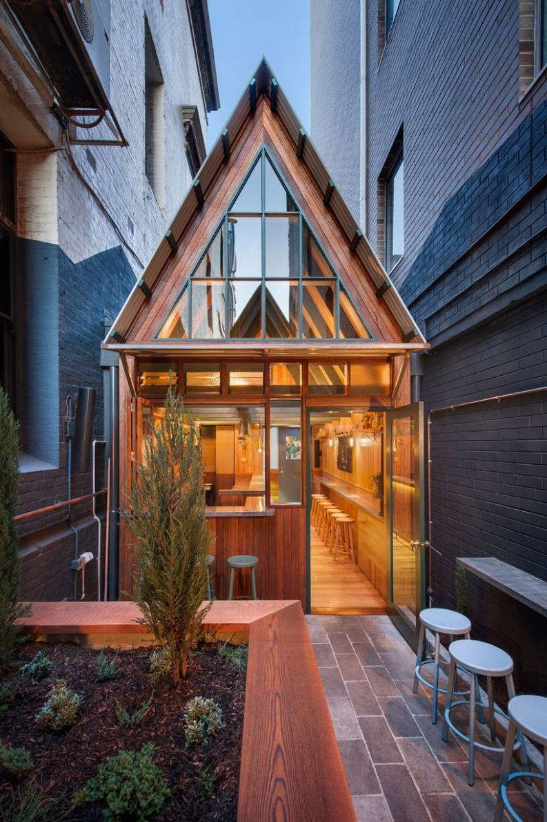 A bar in Adelaide that's just like the tiny house from 'Up ...