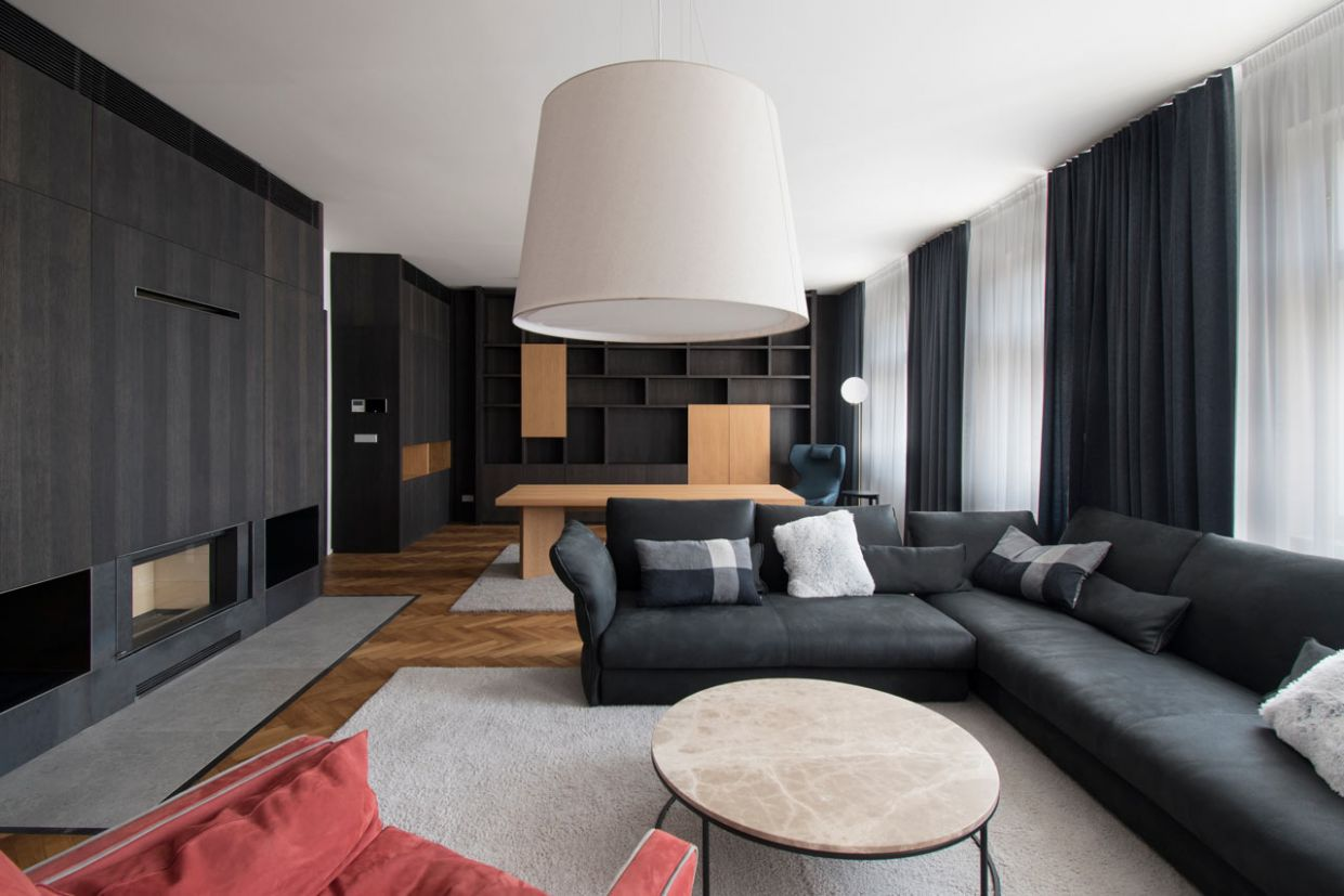 A Modern Flat in Prague Full of Natural and Black Stained Woods ...