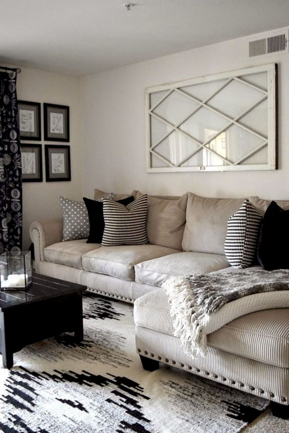 Adorable 9 Small Apartment Living Room Decor Ideas https ..