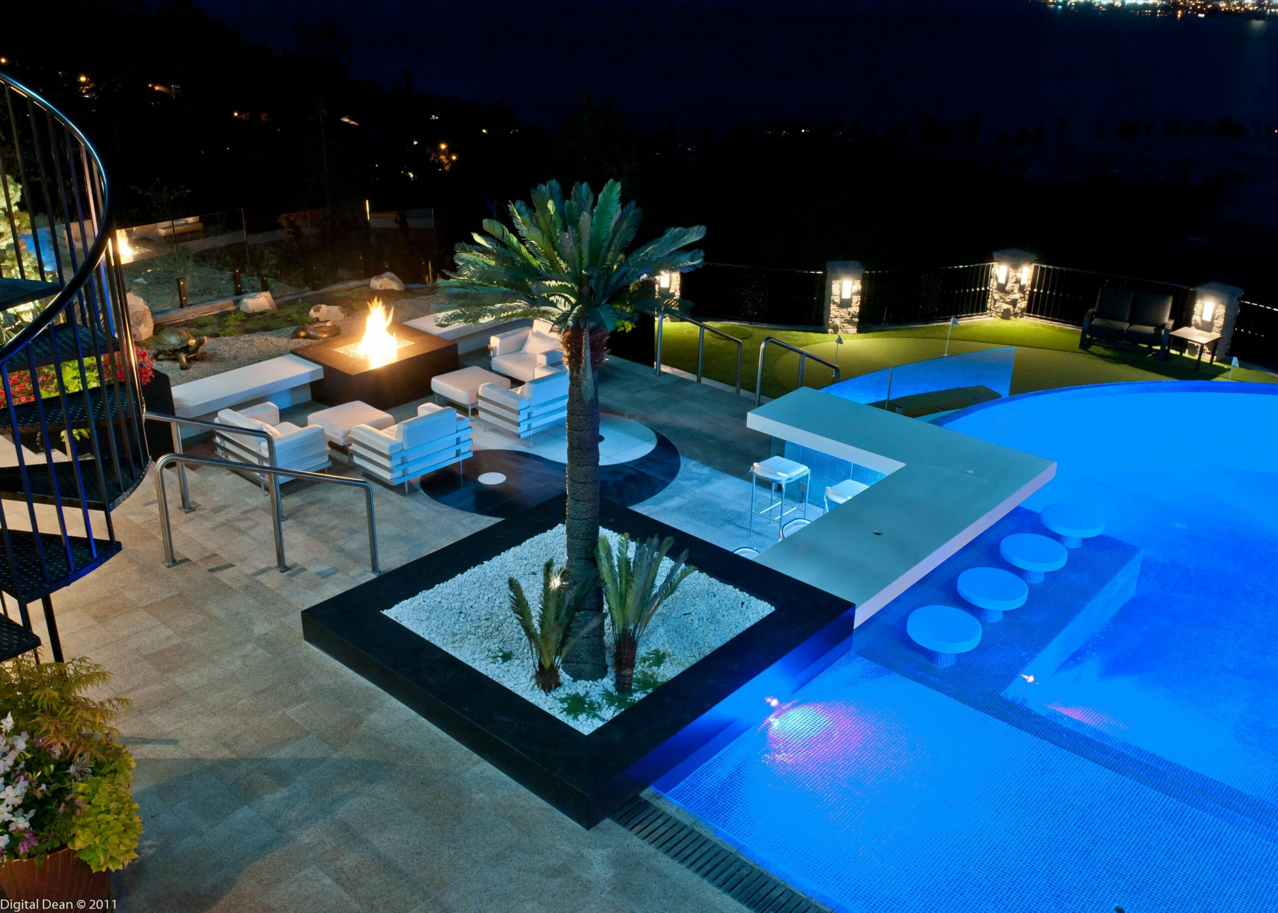 Amazing outdoor entertainment space, pool, and firepit with swim ..