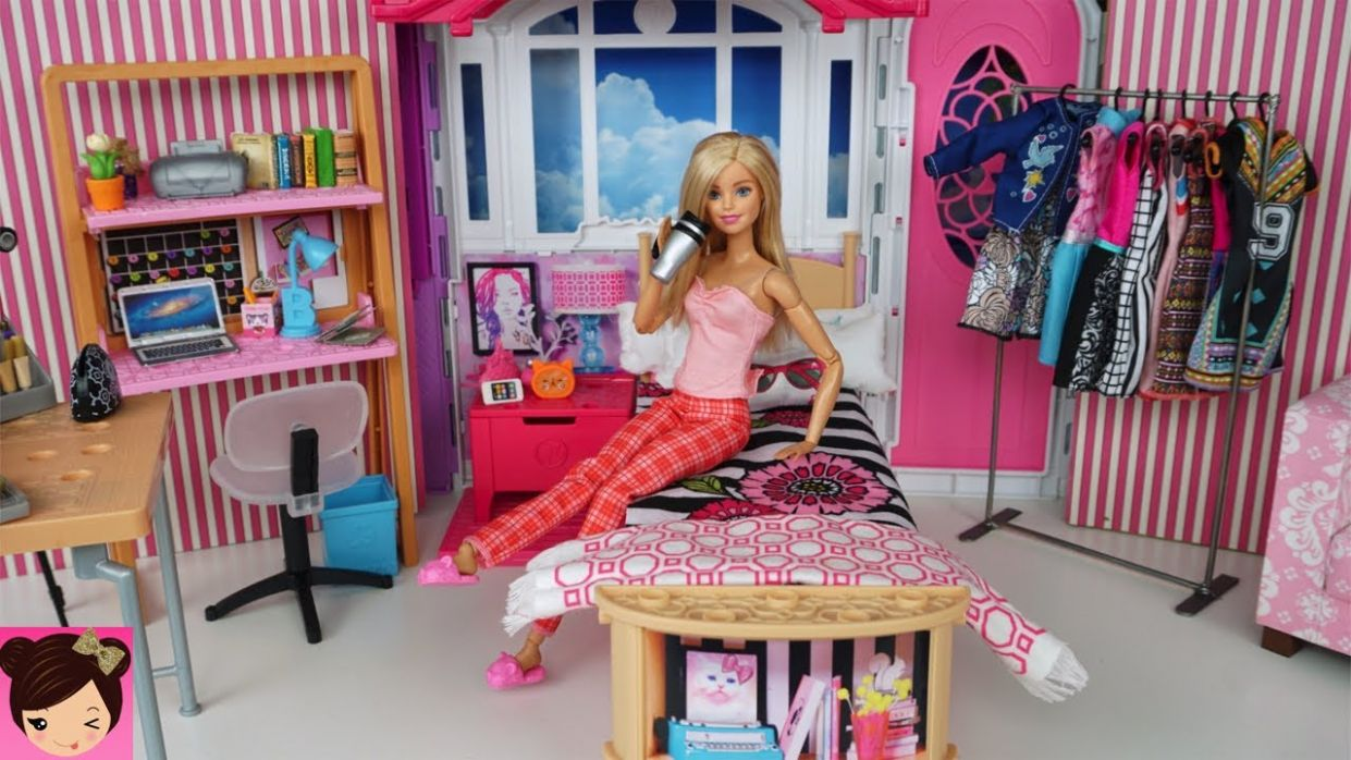 Barbie Youtube Morning Routine - Pink Bedroom Tour Make up Tutorial - Fun  Toy Videos - barbie makeup room video