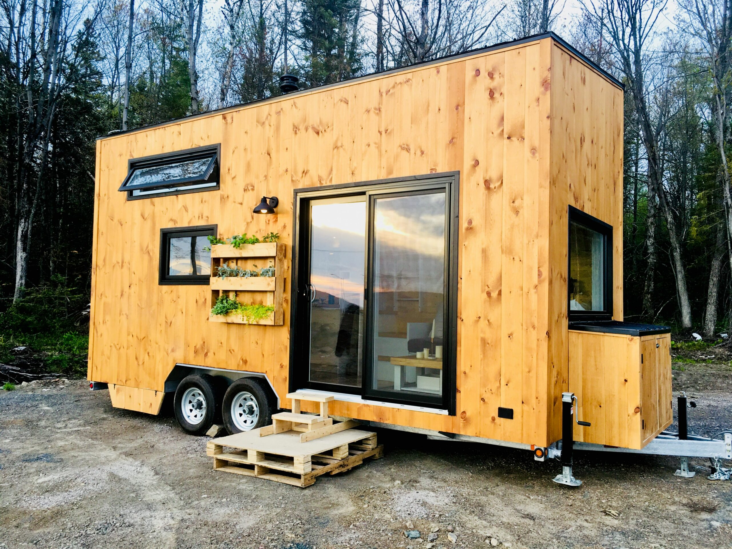 CABANE | Quebec City | Construction of tiny houses