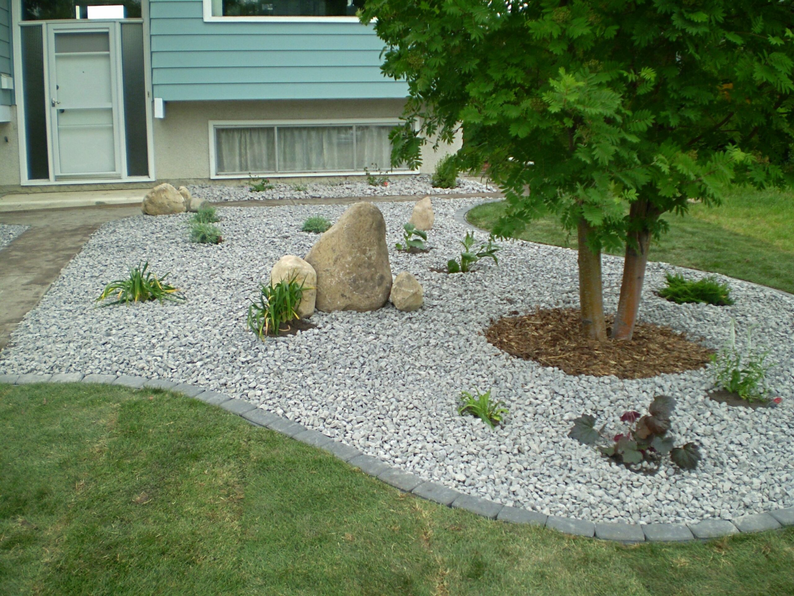 canada landscaping rocks #12 | Stone landscaping, Front yard ..