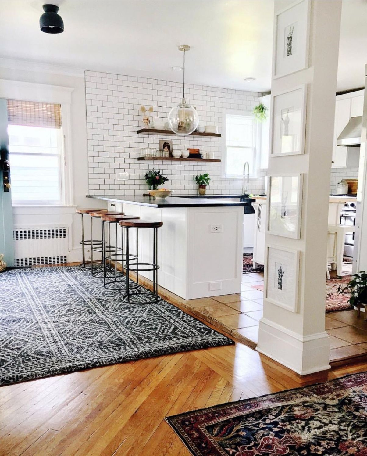 Captivating Simple Tips for Kitchen Frames and Decorations | Open ...