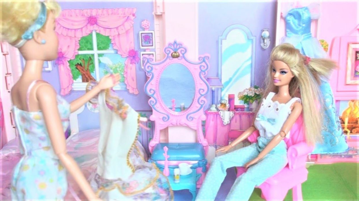 Cinderella and Barbie morning routine sleepover makeup dress up in the  Barbie doll house बार्बी - barbie makeup room video