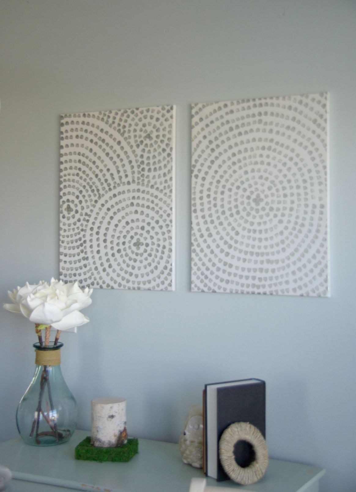 DIY Canvas Wall Art - A Low Cost Way To Add Art To Your Home - diy home decor paintings