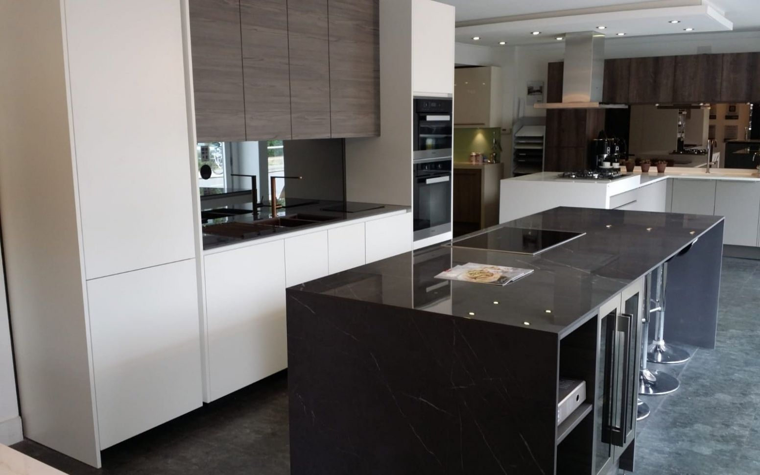 Ealing (London) kitchens - Ealing (London) fitted kitchens - in ...