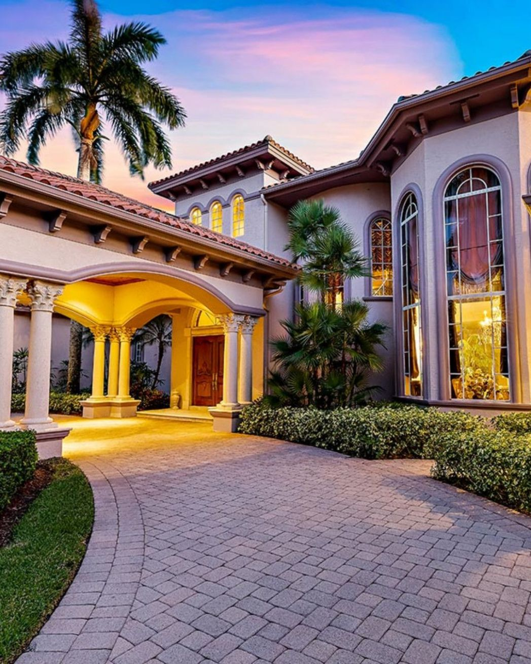 Extraordinary waterfront estate in West Palm Beach // Listed by ..