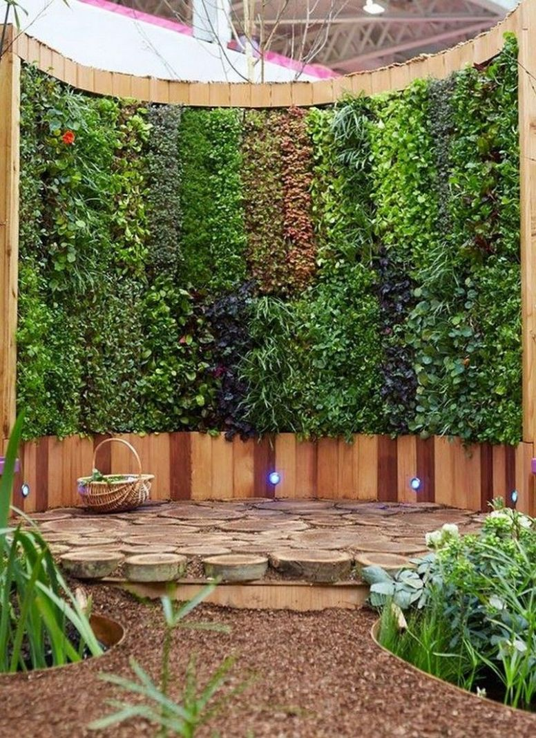 Eye Catching Vertical Gardens That Can Beautify Any Plain Wall ...