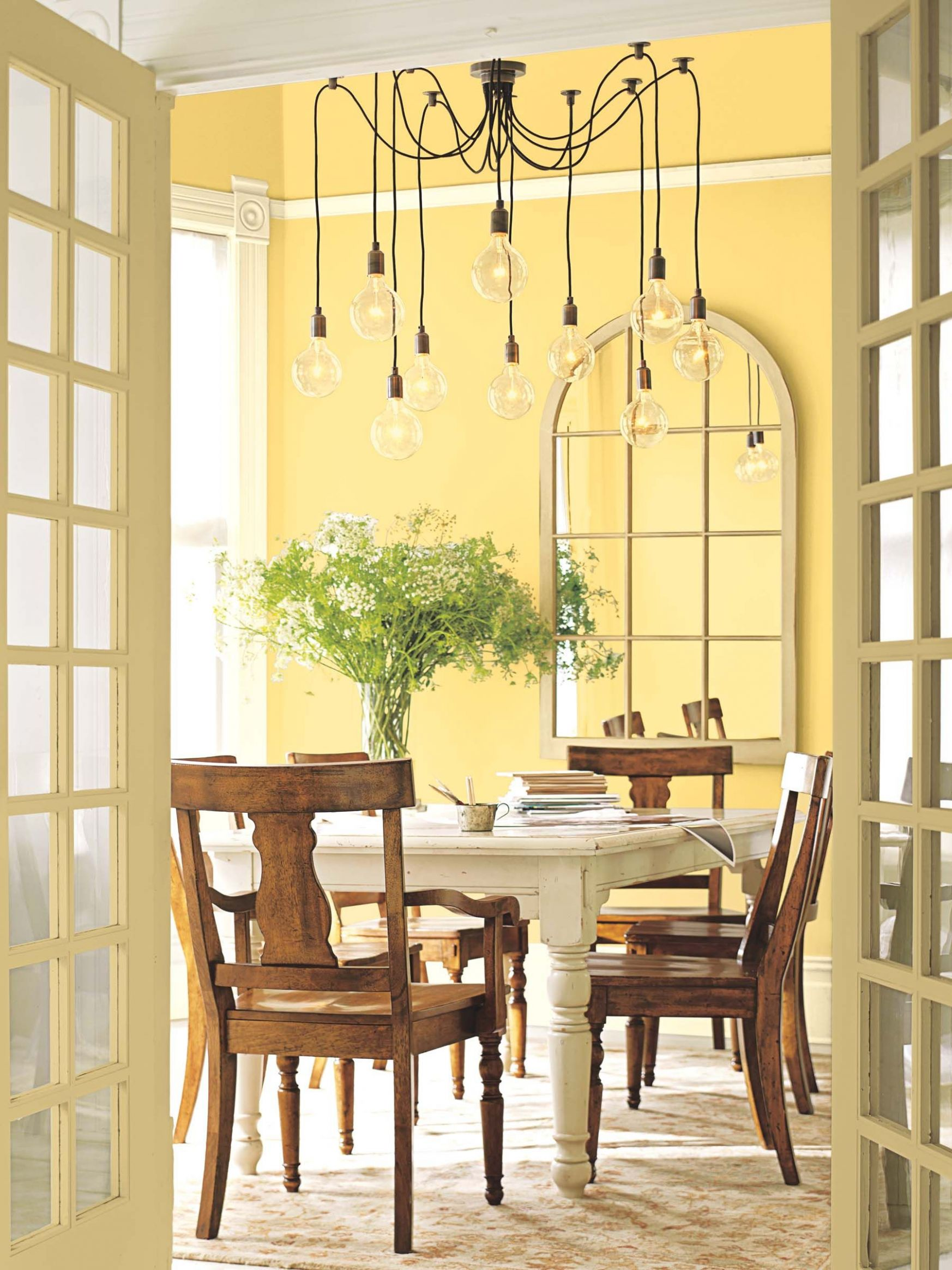 Golden Honey from Benjamin Moore on the wall. Sunny yet class, the ...