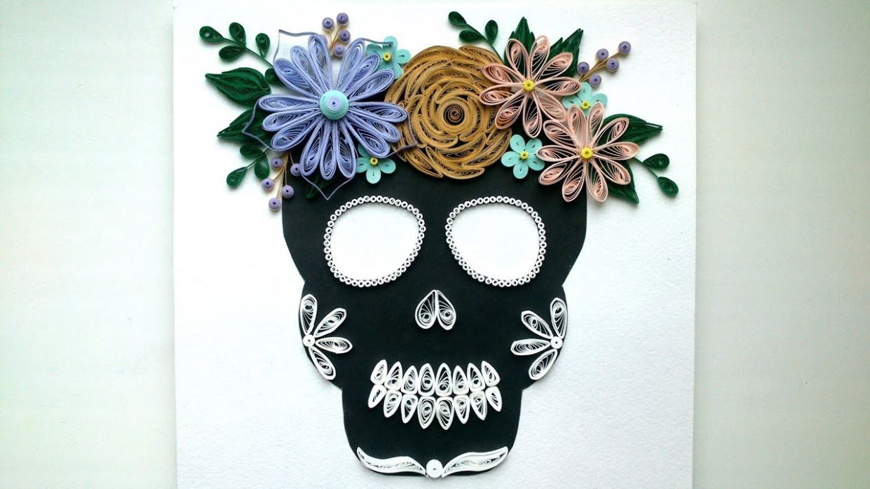 Halloween Ideas: Quilling Skull Flowers , Paper Quilling Crafts for Home  Decoration. Room Decor