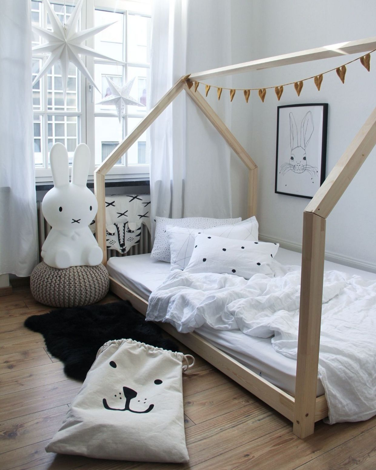 House bed DIY inspiration: loving the details in this room | mr ..