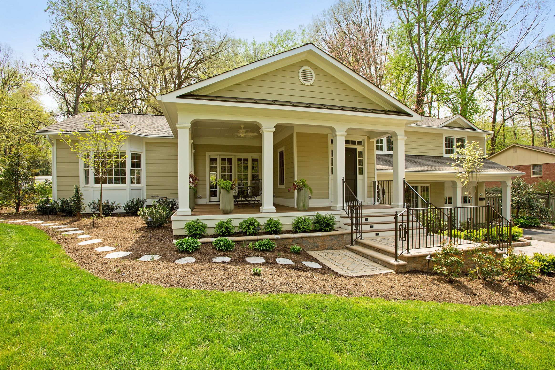 Images Of Front Porches On Split Level Homes - front porch ideas split level home