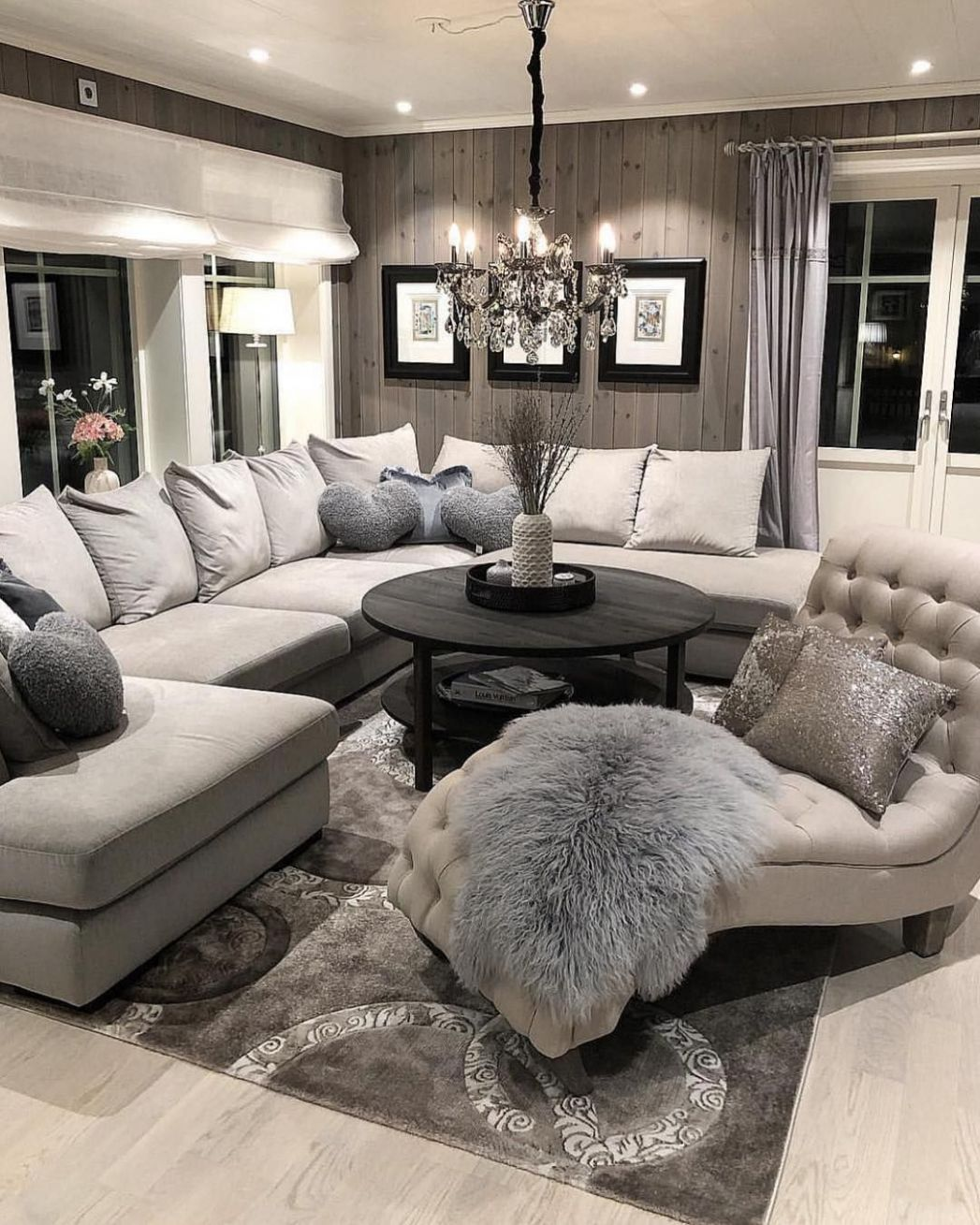 "Interior & Decor Inspiration on Instagram: ""Living room goals ..."
