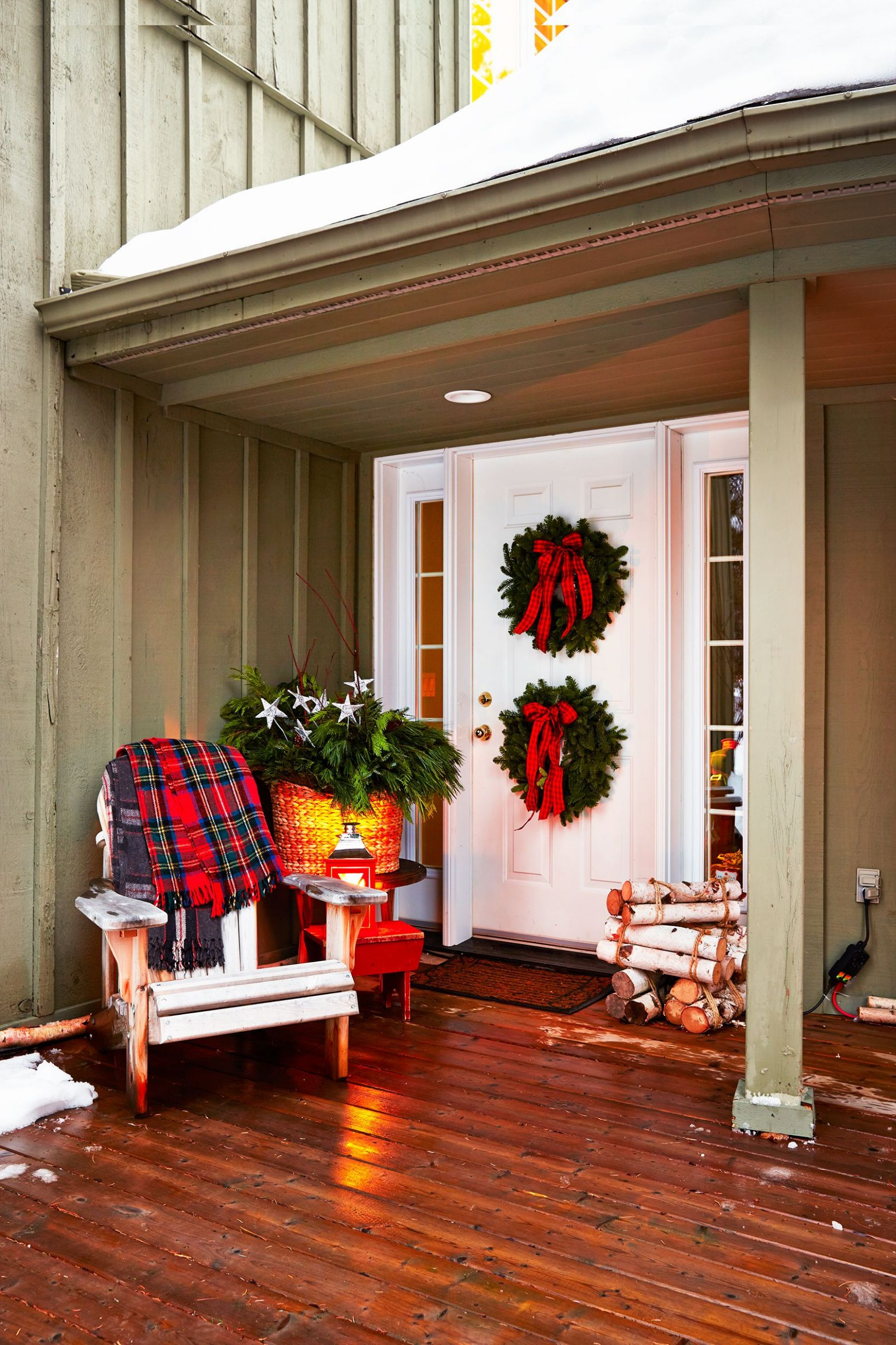 Lighted Christmas Santas For The Front Porch - 10 Best Outdoor ...
