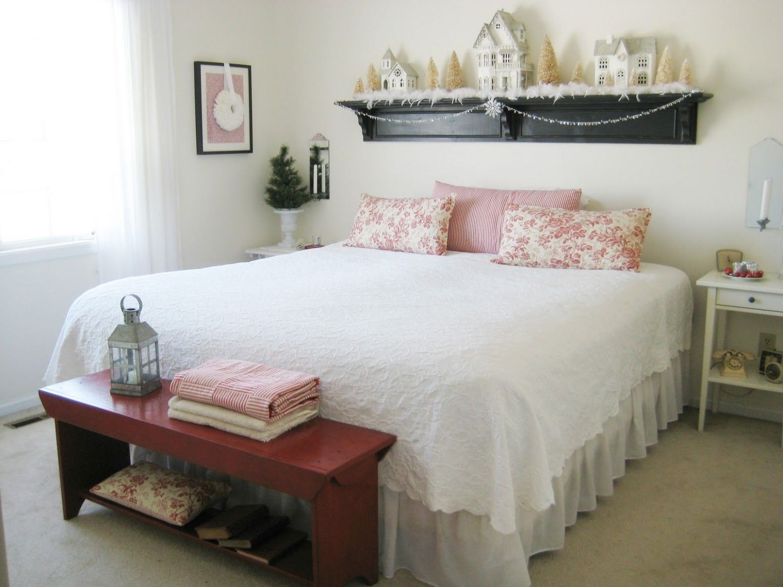 Living Large In Small Spaces - 12 Rooms Filled with the Spirit of ..