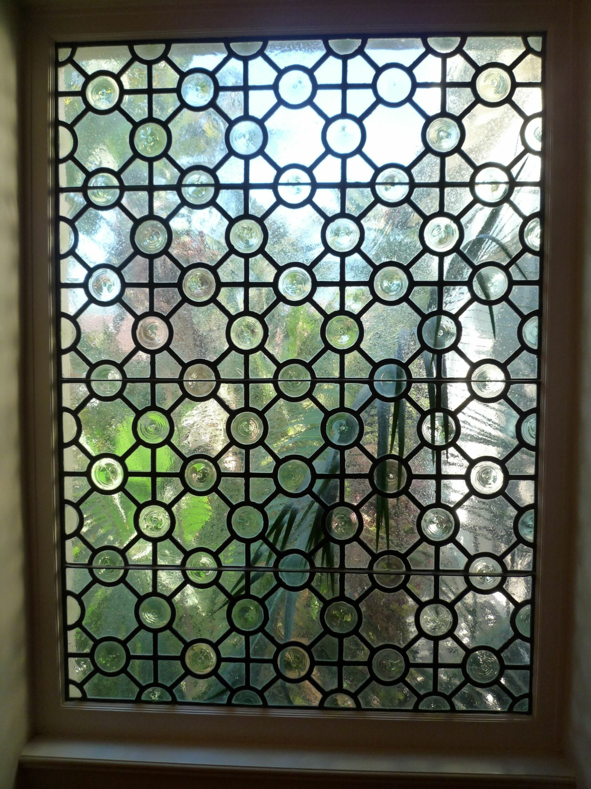 Long stair window glass idea - this can be done with Gallery Glass ...