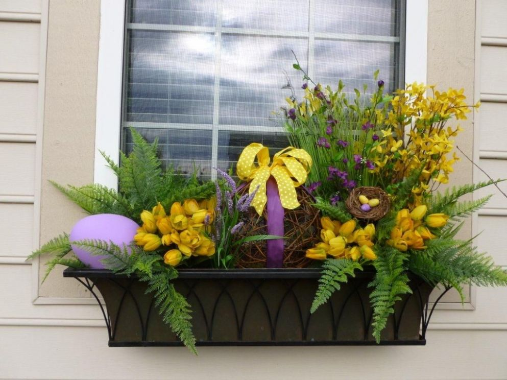 My Easter/Spring window box creation. | Window box flowers, Spring ..