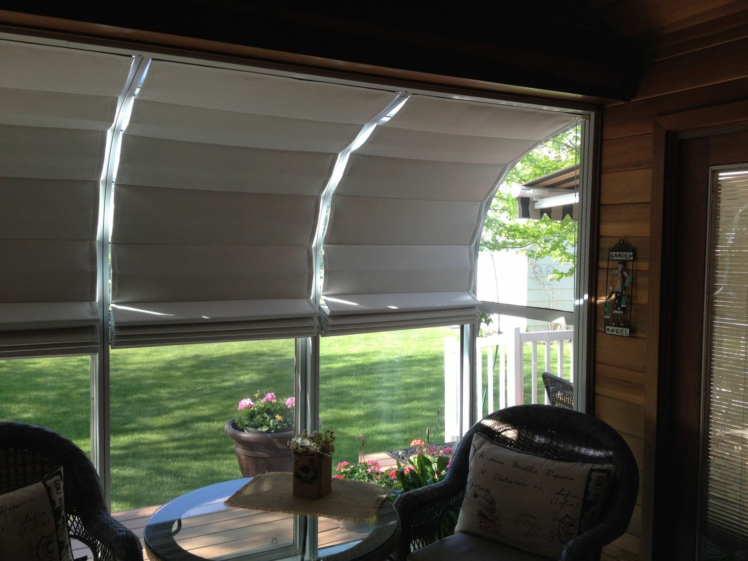 Our sunroom shades offer easy, do-it-yourself installation ..