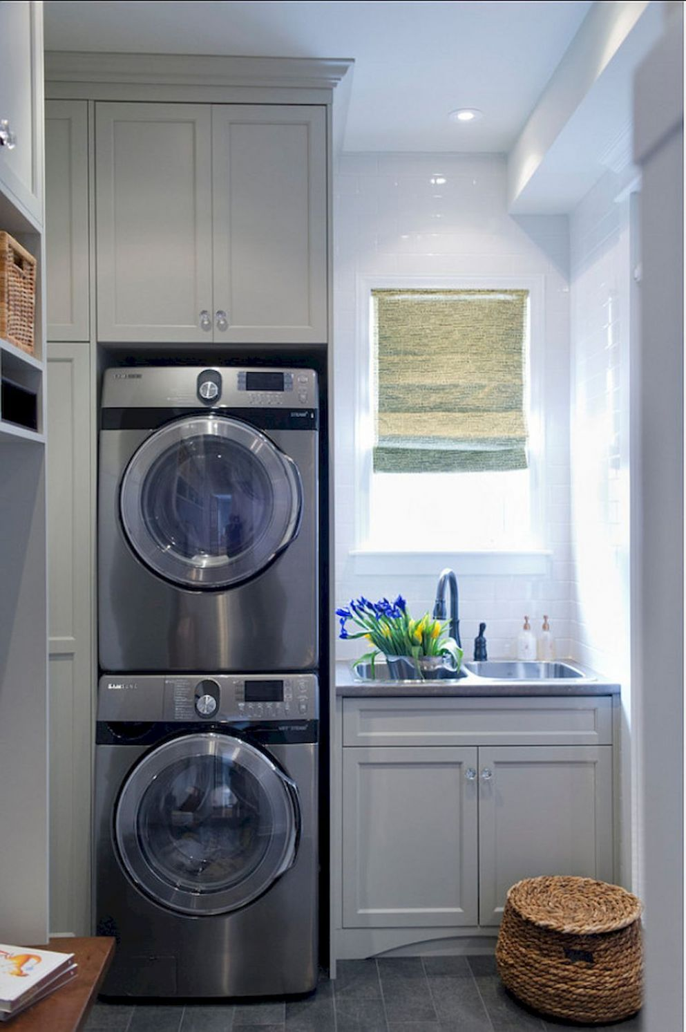 Pin by Sally wiersema on laundry | Laundry room design, Laundry ...
