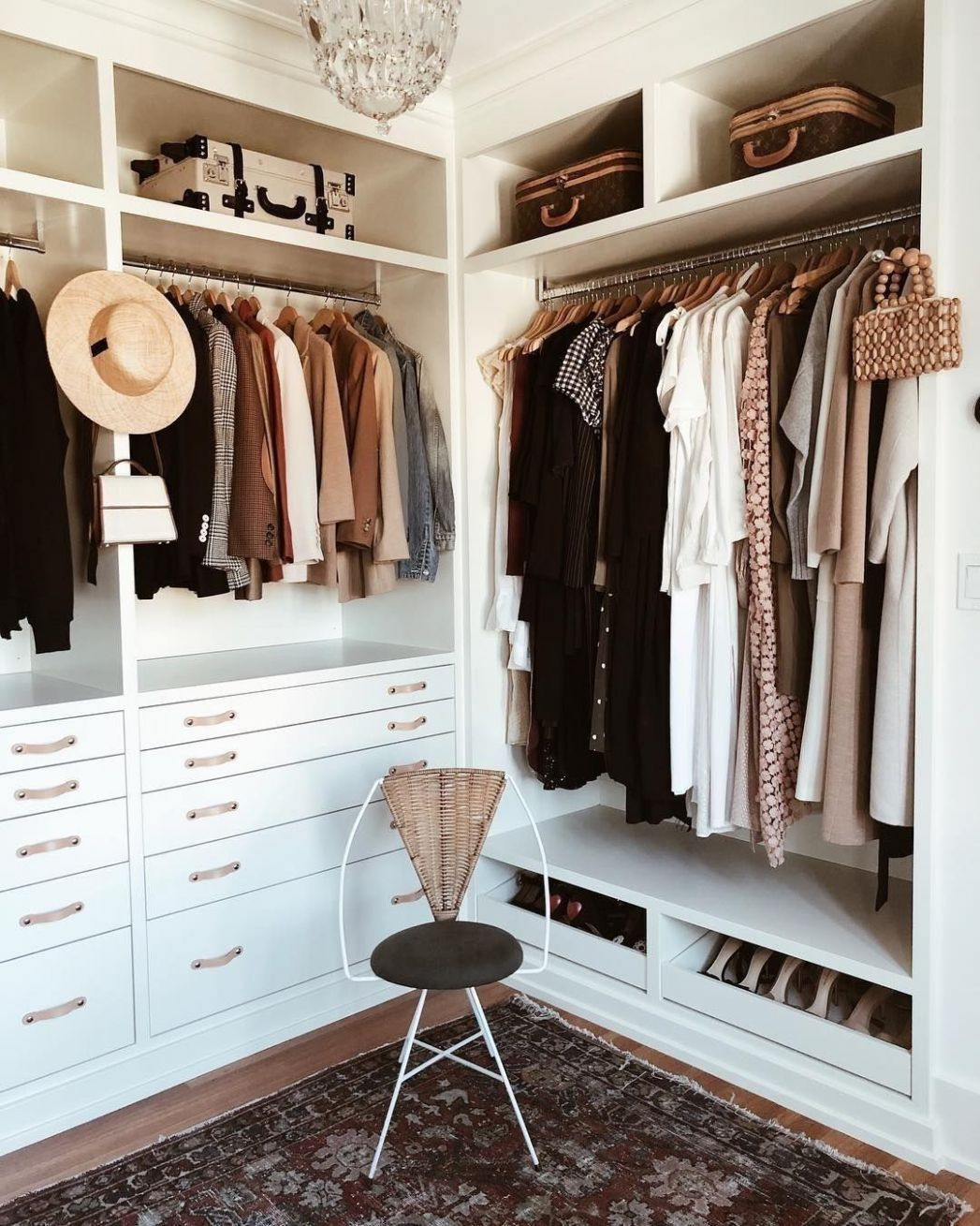 ♡ pinterest - @insppo ♡ | Master closet layout, Closet designs ...