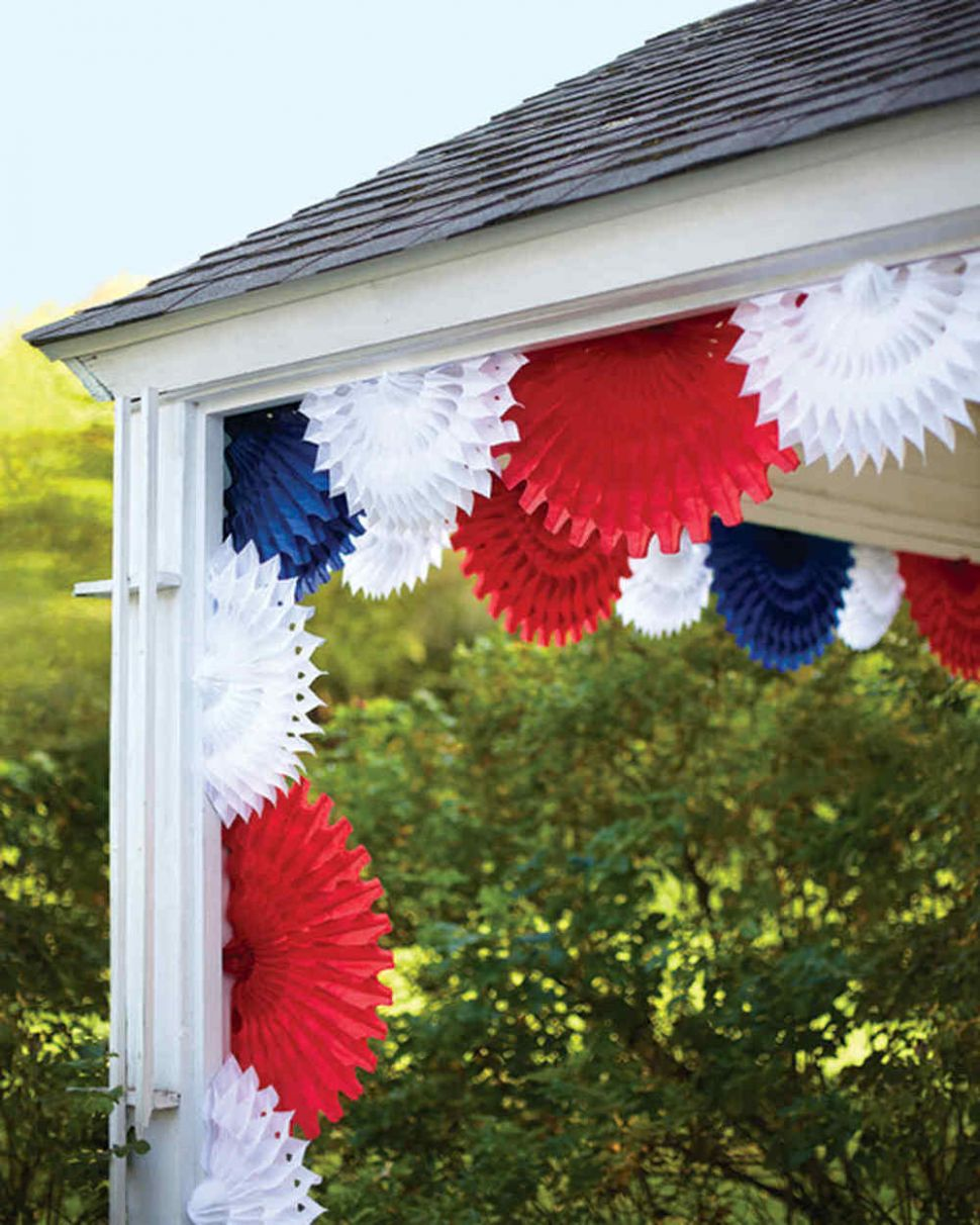 Quick and Easy Fourth of July Decorating • The Budget Decorator - front porch fourth of july decor