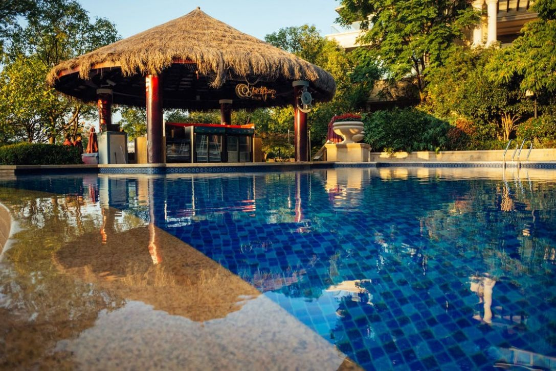Renovation Ideas To Modernise Your Swimming Pool - Caleb K ...