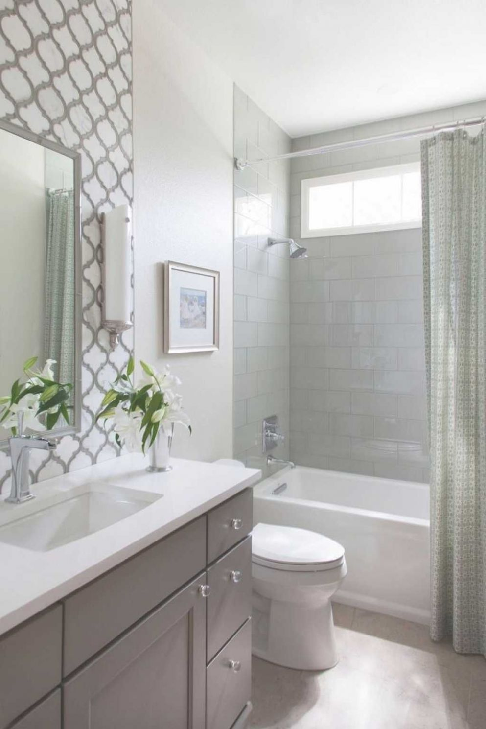 Small Bathroom Tub Shower Combo Remodeling Ideas (With images ..