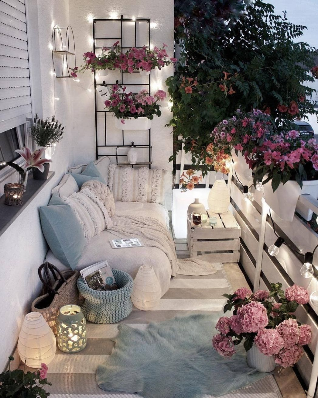 The Best Decorated Small Outdoor Balconies on Pinterest   Small ..