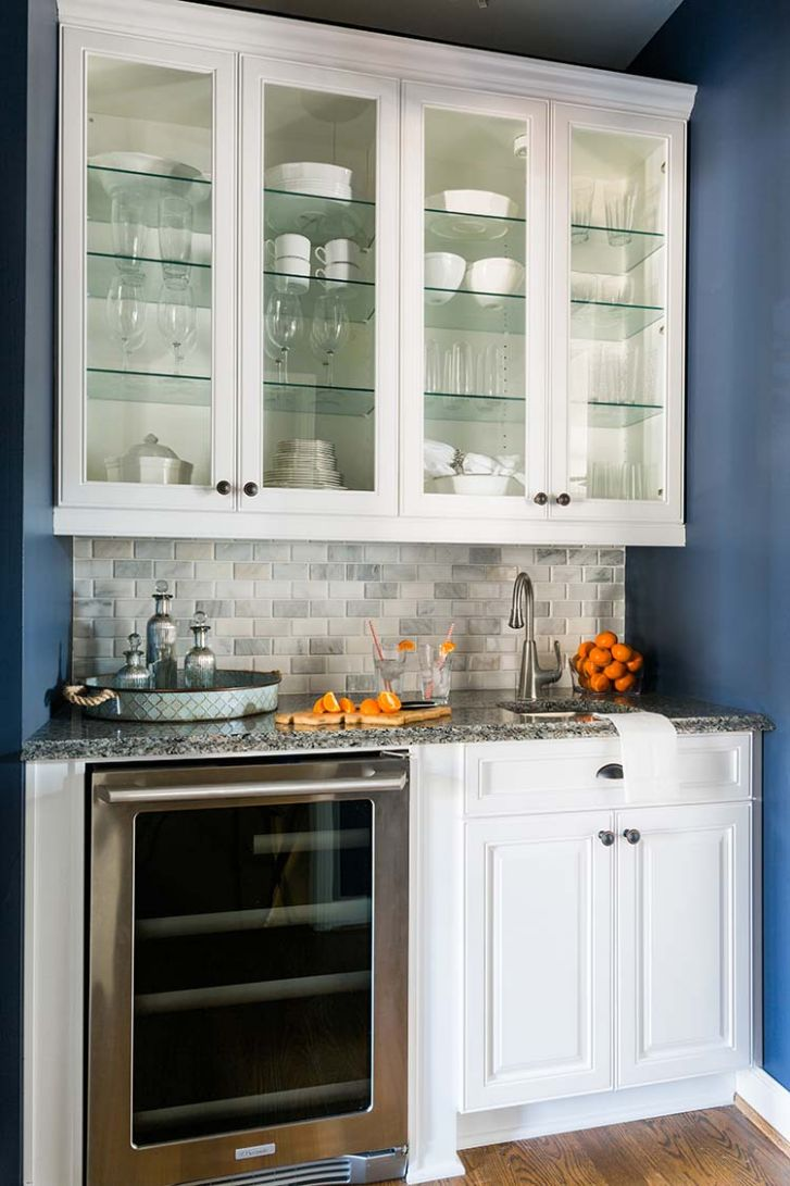The Trick to Organizing a Kitchen with Glass Front Cabinets ..