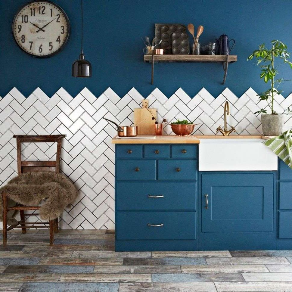 Top 12 Kitchen Tiles: Fab Splashback and Floor Ideas - Walls and ...