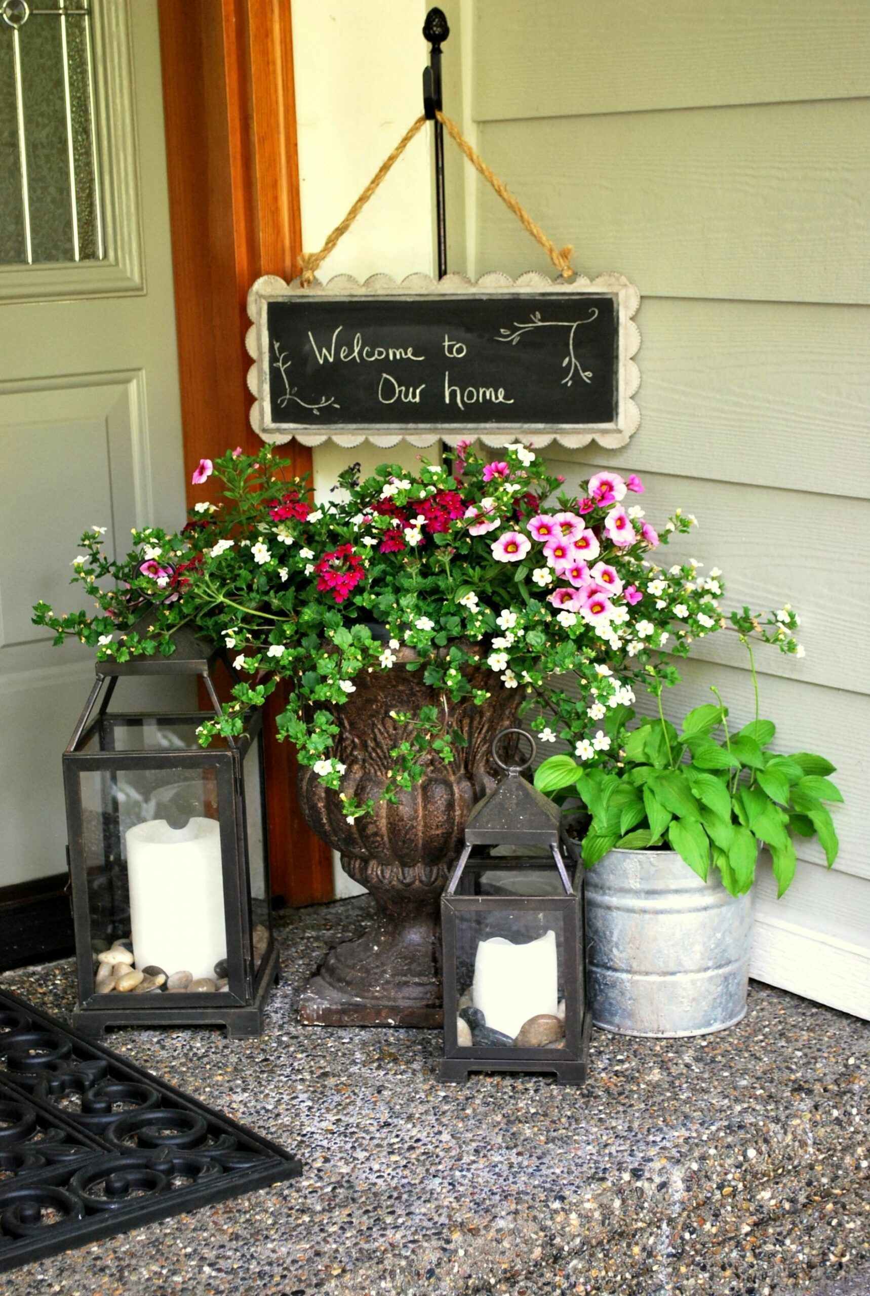 Welcome sign holder plants & lanterns | Front porch decorating ...