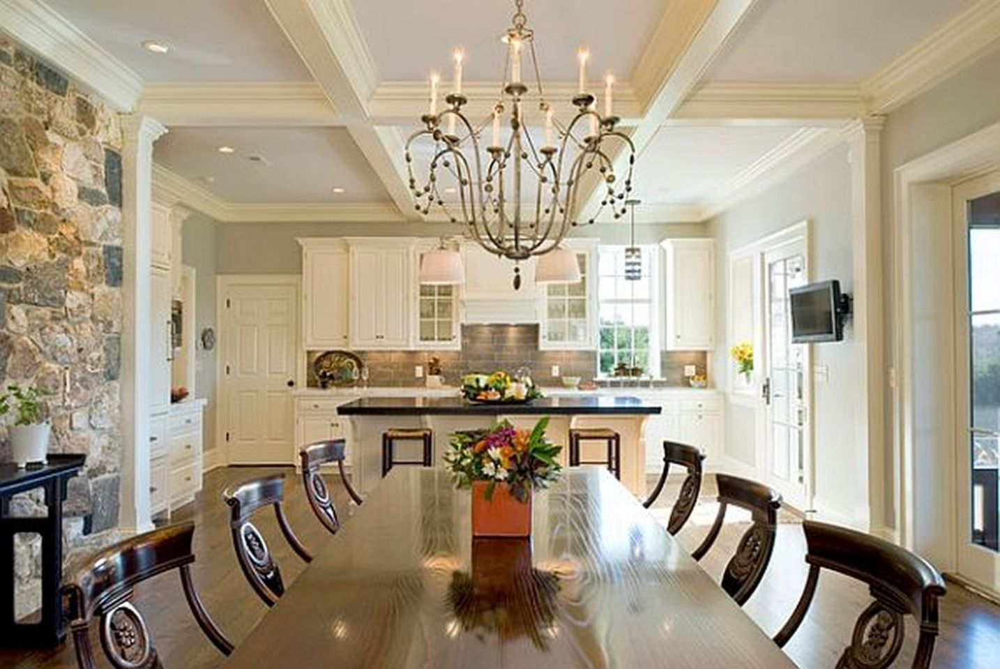 10 Amazing Dining Room Lights Ideas for Low Ceilings - ROUNDECOR