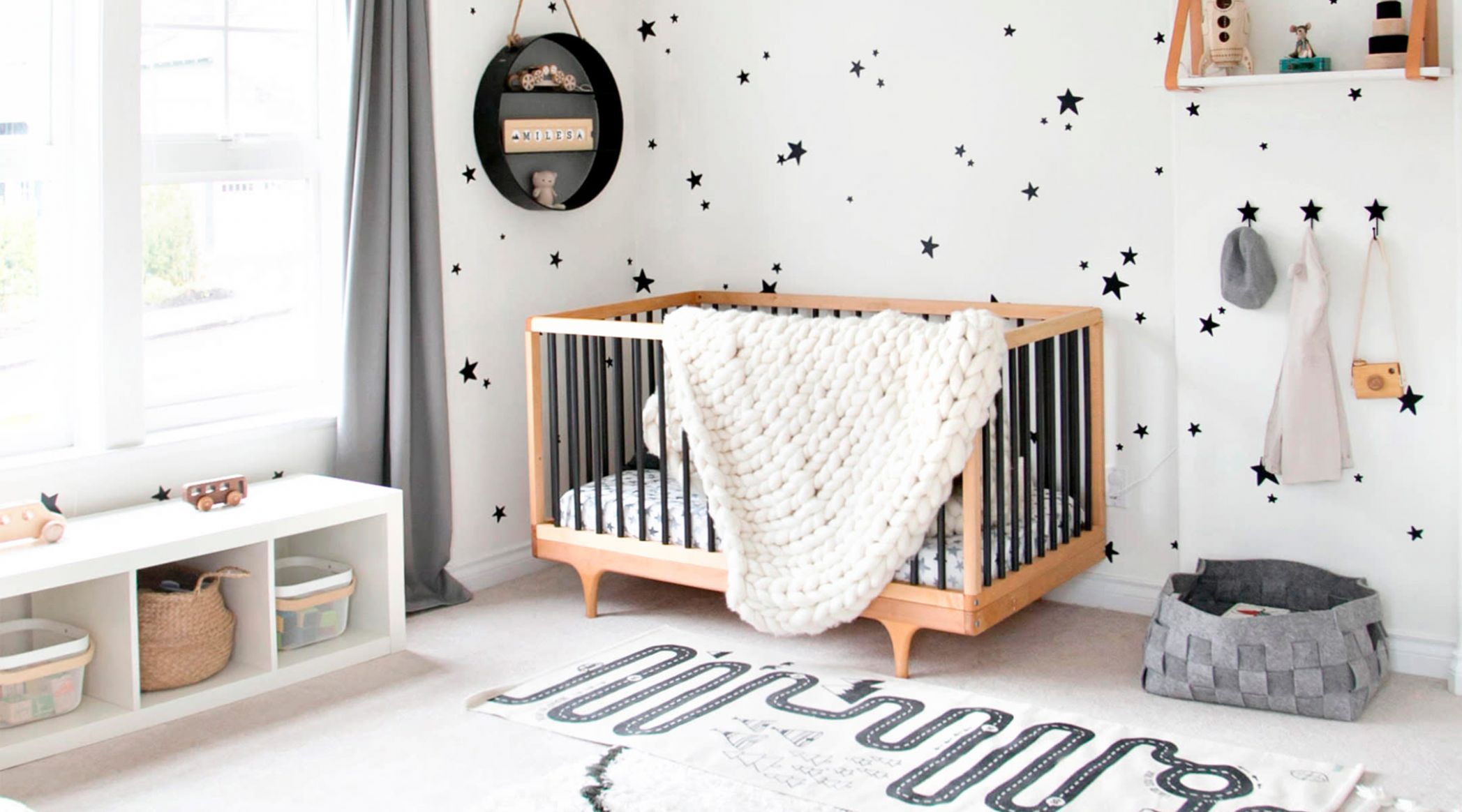 10 Amazing Gender-Neutral Nurseries - baby room accent wall