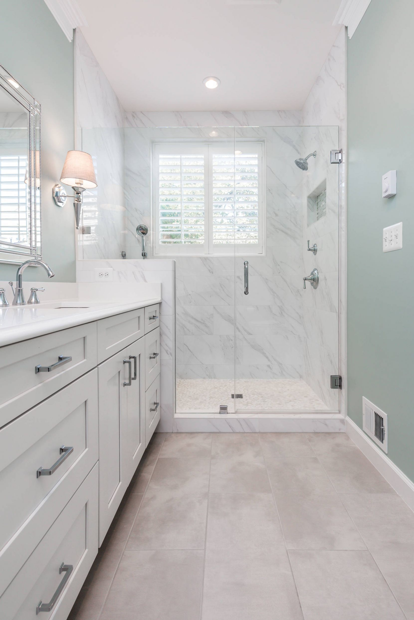10 Beautiful Small Bathroom Pictures & Ideas | Houzz